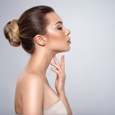 Woman with a good neckline